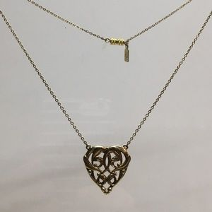 1928 Scrolled heart necklace